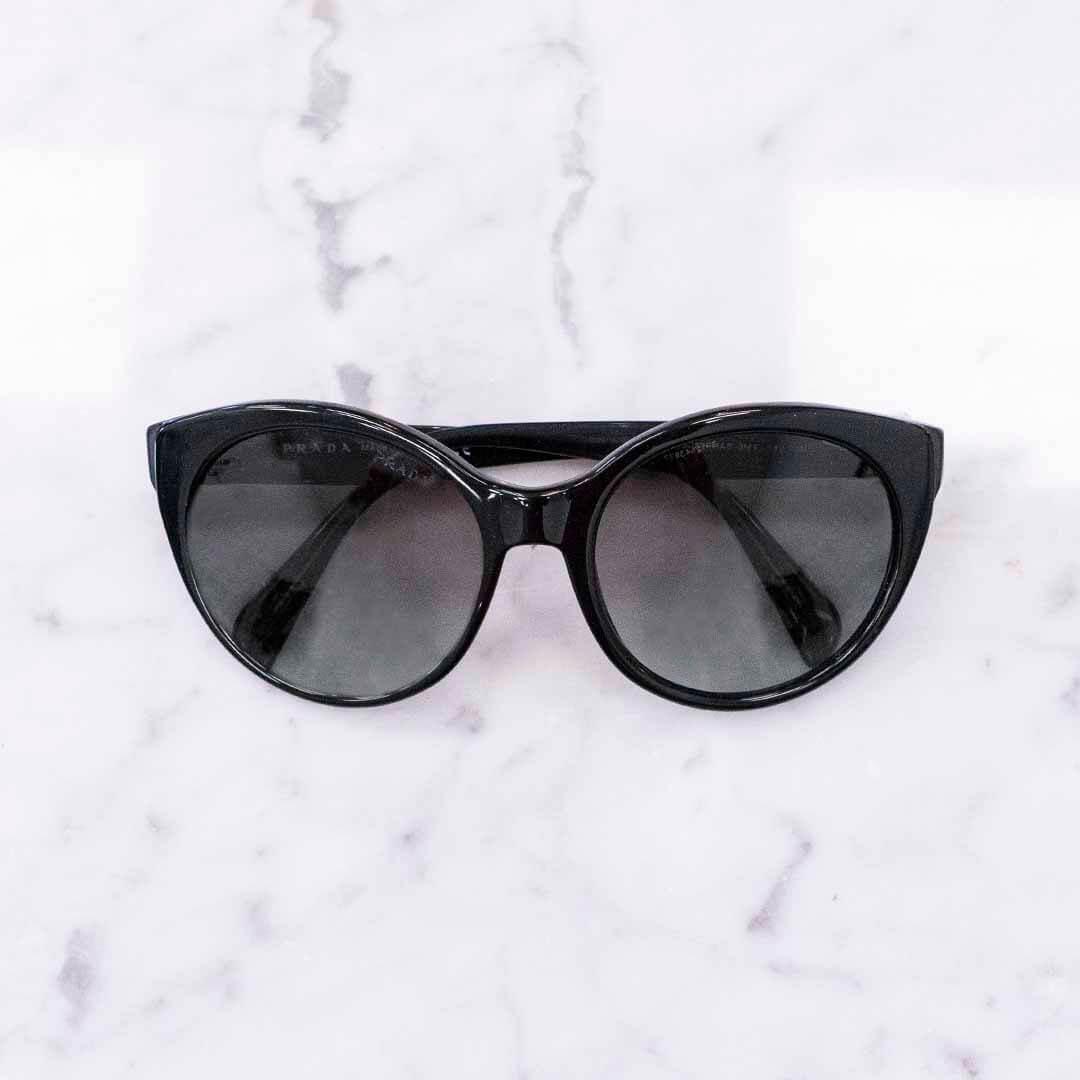 image of cat eye trendy sunglasses