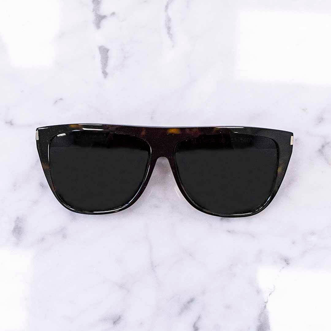 image of wayfarer trendy sunglasses