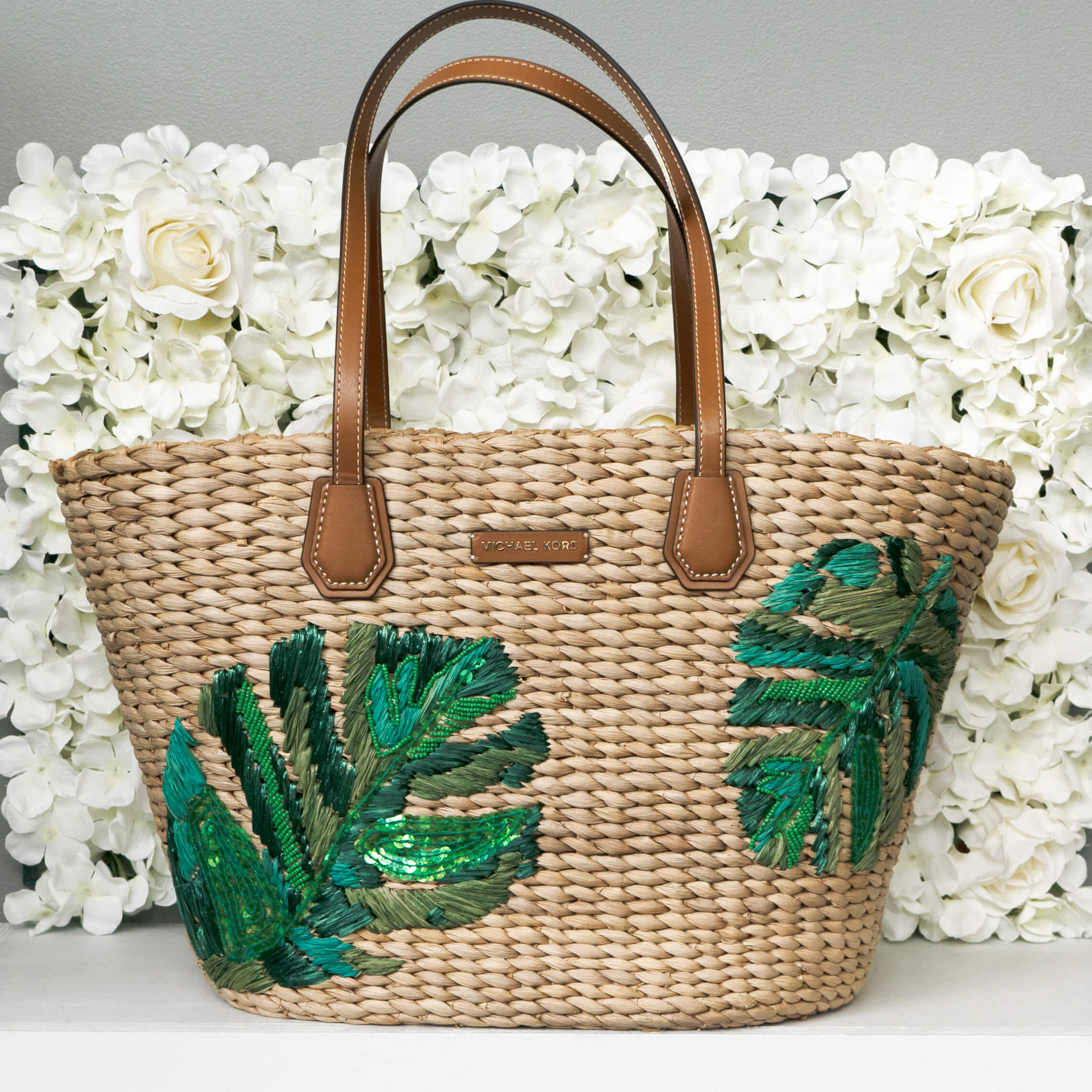 image of straw handbag for summer