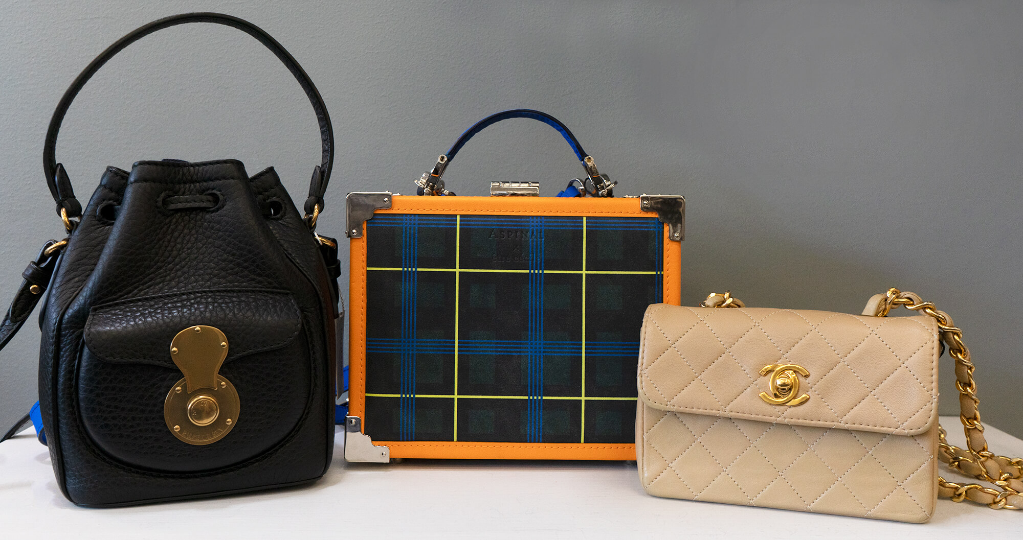 image of small handbags fall fashion trends